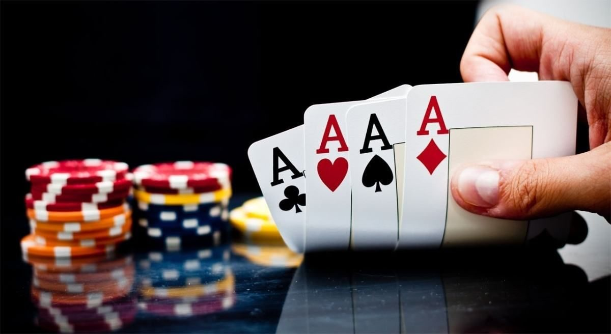 Why Most People Will Never Be Great At Online Casino
